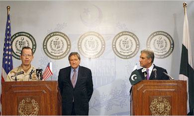 Diplomatic Partners From left, Adm. Mike Mullen, Joint Chiefs chairman; Richard C. Holbrooke, special envoy; Foreign Minister Shah Mehmood Qureshi in Pakistan last week.