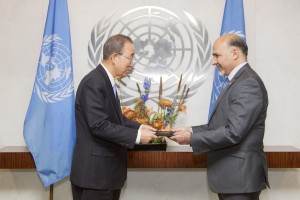 H.E. Mahmoud Saikal, new Permanent Representative of the Mission of Islamic Republic of Afghanistan to the United Nations, presents credentials to Secretary-General Ban Ki-moon